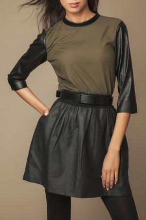 Блуза Ambigante. Цвет: зеленый