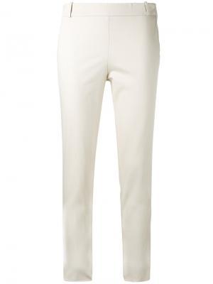 Укороченные брюки Kiltie. Цвет: телесный