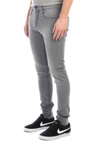 Штаны узкие  Lowbridgegrey Grey Quiksilver. Цвет: серый