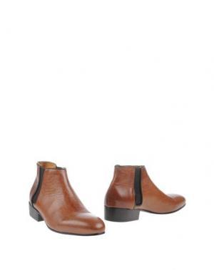 Полусапоги и высокие ботинки LE QARANT. Цвет: коричневый