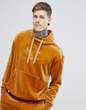Nike Золотистый велюровый худи AH3384-722. Цвет: золотой