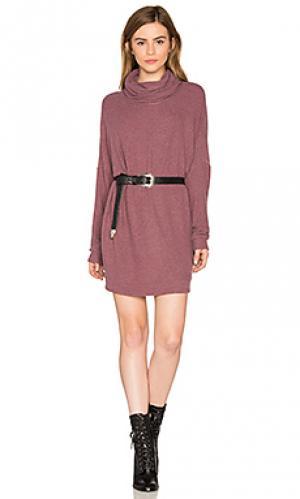 Платье с воротником-водолазка vargus Michael Lauren. Цвет: сиреневый
