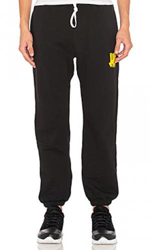 Свободные брюки 5 strike Undefeated. Цвет: черный