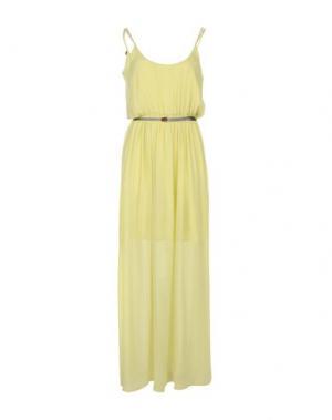 Длинное платье GUESS. Цвет: кислотно-зеленый