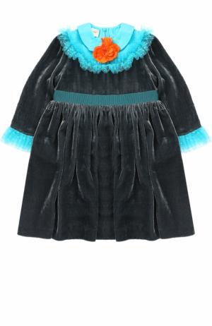 Платье с завышенной талией и контрастными оборками брошью Gucci. Цвет: бирюзовый