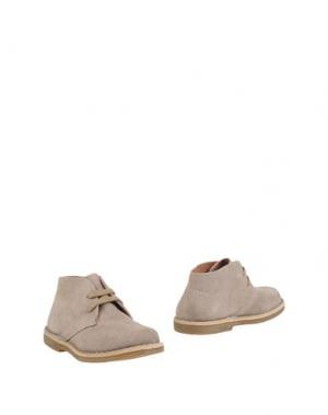 Полусапоги и высокие ботинки OCA-LOCA. Цвет: песочный