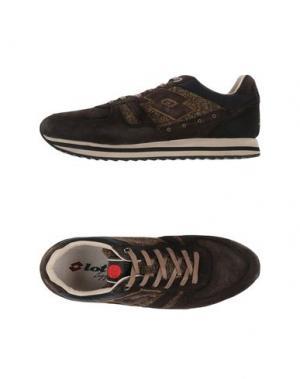 Низкие кеды и кроссовки LOTTO LEGGENDA. Цвет: темно-коричневый