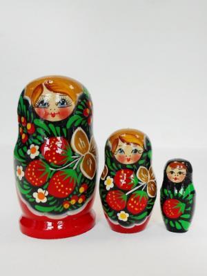 Матрёшка - Тройка-3 ягодки Taowa. Цвет: красный