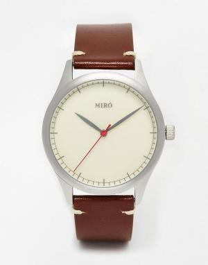 Miro Часы с коричневым кожаным ремешком. Цвет: коричневый