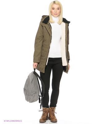 Куртка VANS. Цвет: оливковый