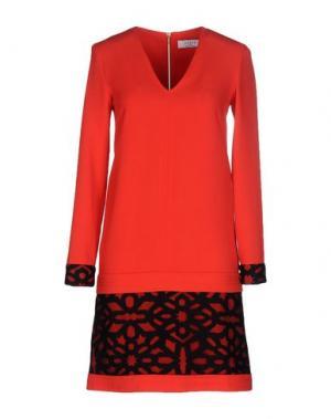 Короткое платье AXARA PARIS. Цвет: коралловый