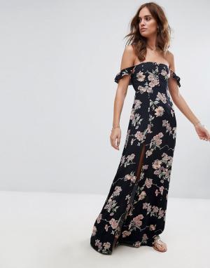 Flynn Skye Платье макси с принтом и открытыми плечами. Цвет: мульти