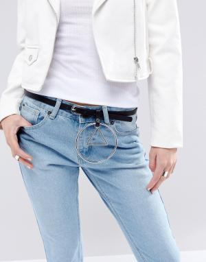 ASOS Ремень для джинсов с круглой подвеской. Цвет: черный