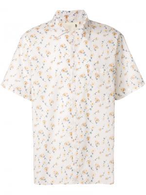 Рубашка с короткими рукавами и цветочным принтом R13. Цвет: телесный