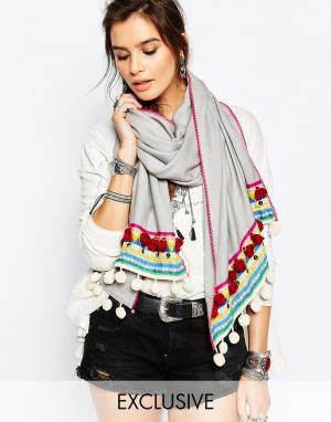 Blank Большой серый шарф с цветными помпонами BL^NK. Цвет: серый