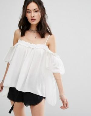 Raga Блузка с открытыми плечами Hudson. Цвет: белый