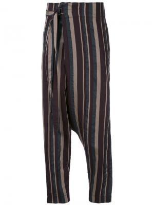Зауженные брюки в полоску Forme Dexpression D'expression. Цвет: многоцветный