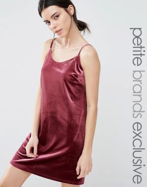 One Day Petite Бархатное платье-комбинация мини. Цвет: розовый