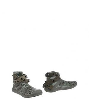 Полусапоги и высокие ботинки REVOLUTION. Цвет: зеленый-милитари