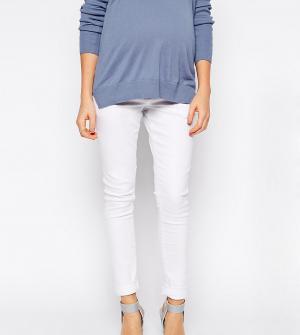 ASOS Maternity Белые зауженные джинсы для беременных с поясом под животом Matern. Цвет: белый