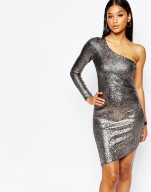 Lipsy Облегающее платье на одно плечо с эффектом металлик Fleur East By Lips. Цвет: серебряный