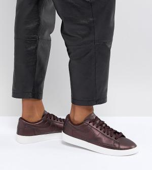 Nike Низкие кроссовки с отделкой металлик Blazer. Цвет: коричневый