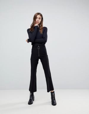 Weekday Расклешенные брюки с молнией. Цвет: черный