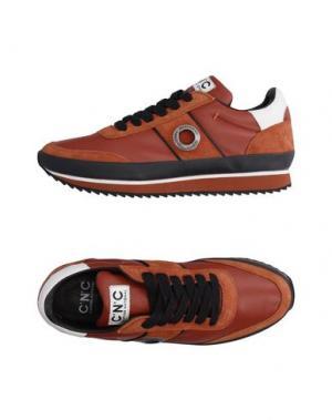 Низкие кеды и кроссовки C'N'C' COSTUME NATIONAL. Цвет: коричневый