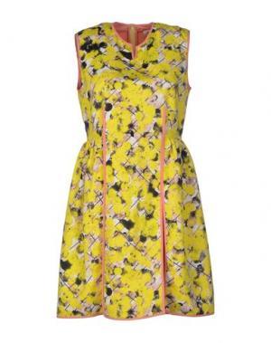 Короткое платье CALLA. Цвет: желтый