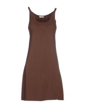 Короткое платье AGATHA CRI. Цвет: темно-коричневый