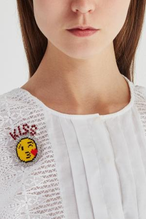 Брошь Kiss Shourouk. Цвет: желтый, красный
