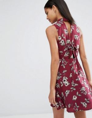Moon River Платье с завязкой сзади Prine. Цвет: красный