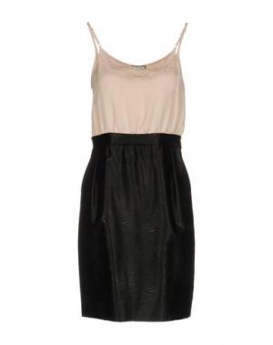 Короткое платье M!A F. Цвет: светло-розовый