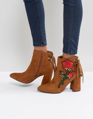 Boohoo Ботильоны на каблуке с вышивкой. Цвет: рыжий