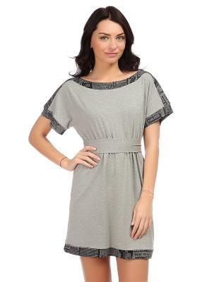 Платье MONDIGO. Цвет: серый