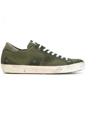 Кеды на шнуровке Philippe Model. Цвет: зелёный