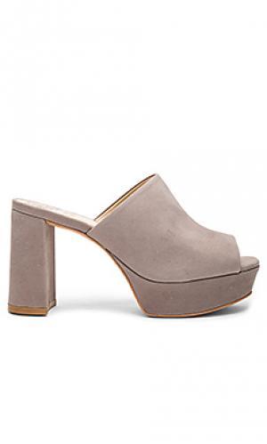 Туфли на каблуке basilia Vince Camuto. Цвет: серый
