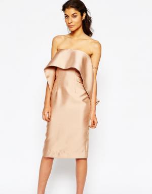 Solace Платье-футляр с воланом London. Цвет: розовый