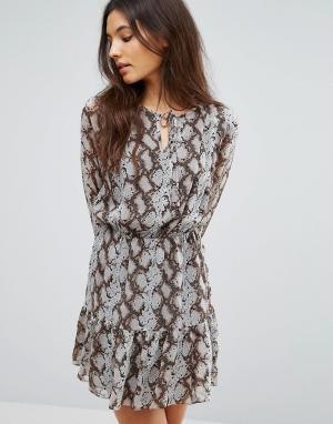 Greylin Платье Sellia. Цвет: серый
