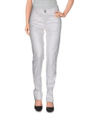 Повседневные брюки KORALLINE. Цвет: белый