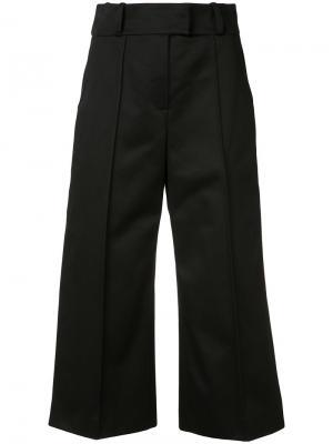 Укороченные брюки Josy Wanda Nylon. Цвет: чёрный