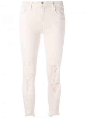 Укороченные джинсы с потертой отделкой J Brand. Цвет: розовый и фиолетовый