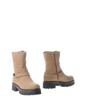 Полусапоги и высокие ботинки OSVALDO1956. Цвет: песочный
