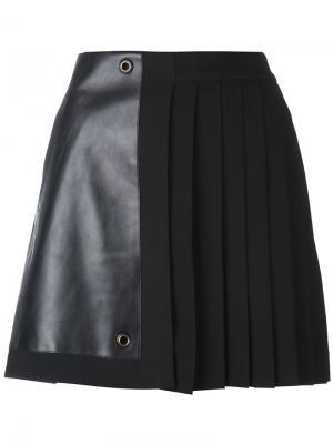 Плиссированная мини-юбка Versace. Цвет: чёрный