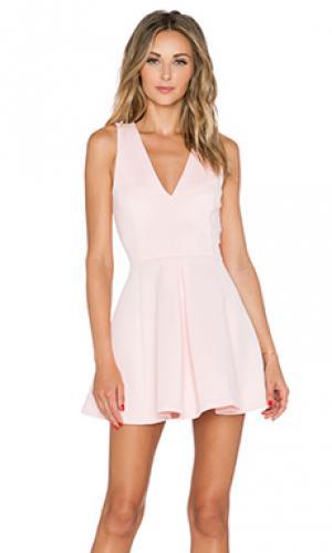 Мини платье geneva Lovers + Friends. Цвет: розовый