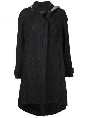 Пальто с капюшоном In Aisce. Цвет: чёрный