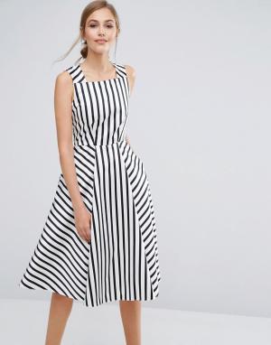 Closet London Атласное платье-премиум миди в полоску. Цвет: мульти