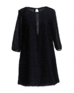 Короткое платье GUTTHA. Цвет: темно-синий