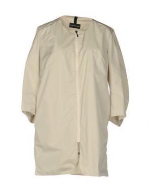 Легкое пальто AQUARAMA. Цвет: светло-серый