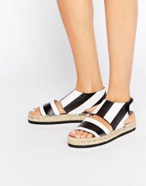 Miista Кожаные сандалии-эспадрильи Paola. Цвет: черный